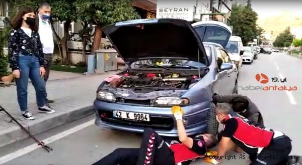 2021/06/otomobilin-motoruna-sikisan-kedi-herkesi-seferber-etti--2cb499d2435b-1.jpg