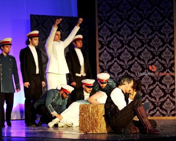 2021/06/tiyatro-festivali-basladi-c8932f6ac983-1.jpg