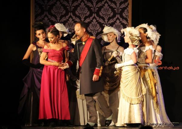2021/06/tiyatro-festivali-basladi-c8932f6ac983-3.jpg