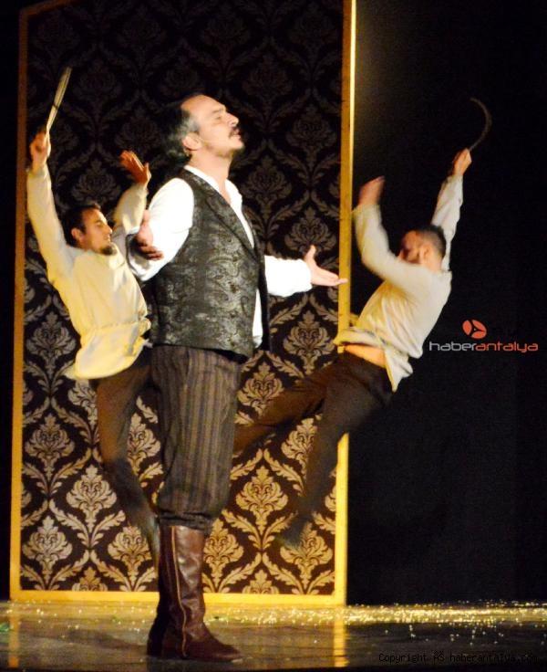 2021/06/tiyatro-festivali-basladi-c8932f6ac983-4.jpg