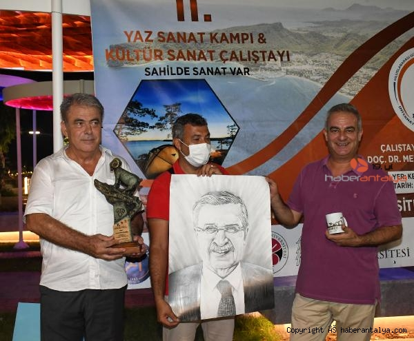 2021/07/yaz-sanat-kampi-ve-kultur-sanat-calistayi-sona-erdi-0fffd6d3173d-2.jpg