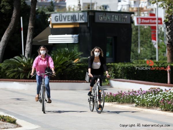 2021/09/buyuksehir-personeli-ise-bisikletle-geldi-5bd84745fec1-3.jpg