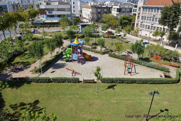 2021/09/survivorda-calisirken-olen-alper-baycin-adina-park-aciliyor-9e757e0318fe-1.jpg