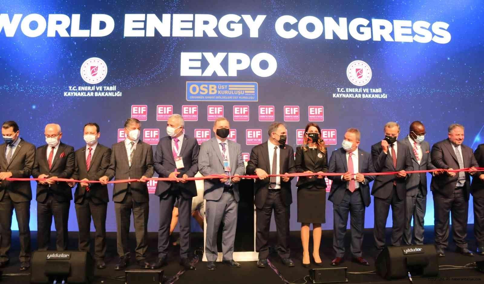 2021/10/enerjinin-kalbi-antalyada-atiyor--20211013AW44-1.jpg