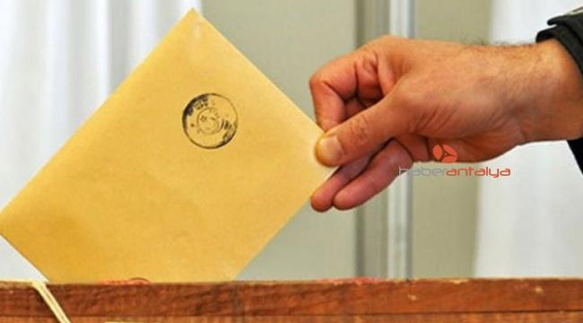 Antalya'da geçici aday listeleri, seçim kurullarında