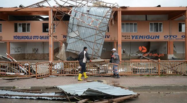 Antalya'daki hortum felaketinde zarar 100 milyon lirayı aşkın