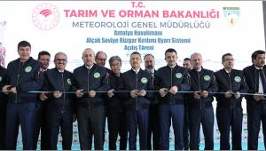Antalya Havalimanı'nda Alçak Seviye Rüzgar Kırılımı Uyarı Sistemi açıldı