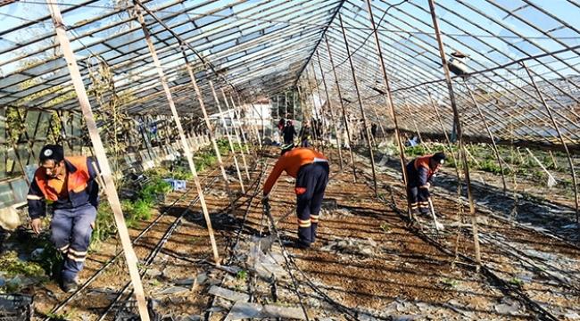 Muratpaşa'dan felaketzedelere yardım
