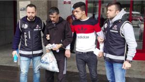 Sahte dolarlarla yakalanan 2 Suriyeli tutuklandı