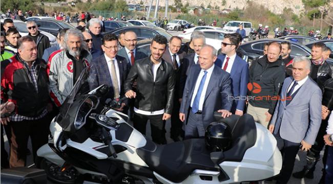 Sofuoğlu: Motosikletçiler için bariyer uygulaması başlangıç