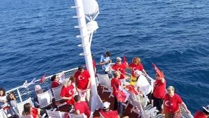 Akdeniz sularında 19 Mayıs coşkusu