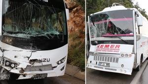 Antalya'da iki midibüs çarpıştı
