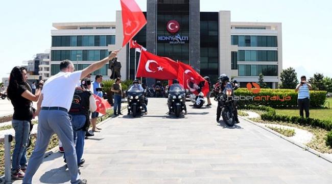 Antalya'da motosiklet korteji