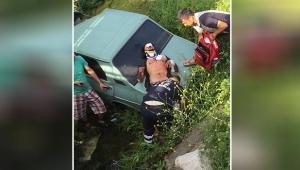 Aracıyla su kanalına düştü