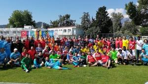 Kemer'de Dostluk ve Kardeşlik Futbol Turnuvası