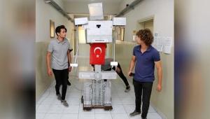 Liselilerin robotu 'Paşa'
