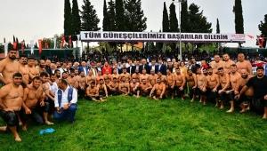 Manavgat'ta başpehlivan Serhat Gökmen oldu