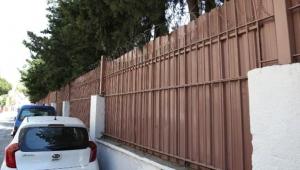 Okul Duvarına 'Jiletli Tel' Önlemi