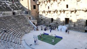 Antalya Open startı Aspendos'tan verildi