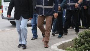 Gazeteciler FETÖ suçlamasıyla hakim karşısına çıktı