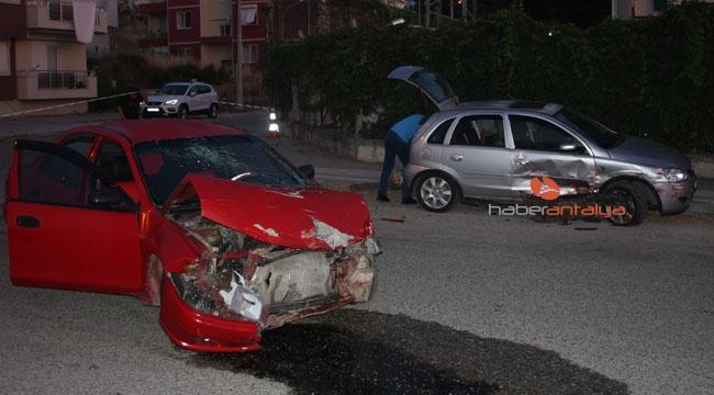 Kontrolsüz kavşakta trafik kazası: 5 yaralı