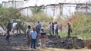 Antalya'da tarlada yangın çıktı
