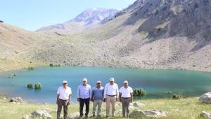 Doğa harikaları, Yeşil Göl ve Uçarsu Şelalesi