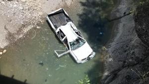 Köprüden düştüler !