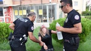 5 araç ve ekip otosuna çarpan alkollü sürücü : Onları öptüm !