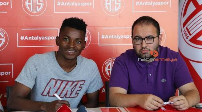 Angolalı milli oyuncu Dala Antalyaspor'da