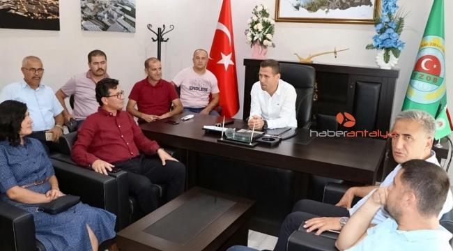 """Atay Uslu: """" Kadro kapma yarışı yerini proje üretme yarışına bırakmalı"""""""