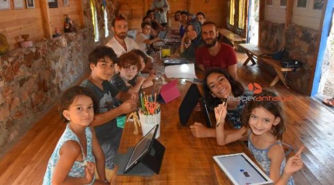 Çizgi Film Değirmeni'nde öğretmen ve öğrencilere kamp