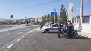 Jandarma'dan 'Hayatıma Kastım Yok, Kaskım Var' Uygulaması