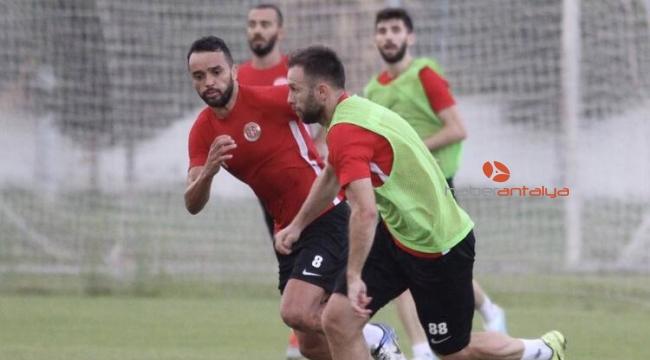 Antalyaspor'da Kayserispor maçı hazırlıkları sürüyor