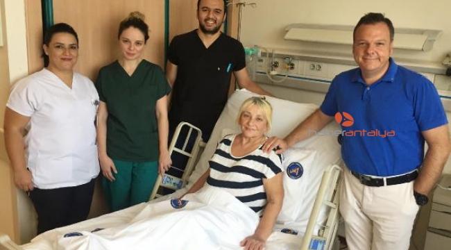 Baş ağrısı şikayetiyle hastaneye gitti, kör olmaktan kurtuldu