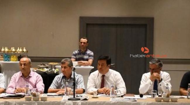 Başkan Topaloğlu Göynük'teki otelcilerle buluştu