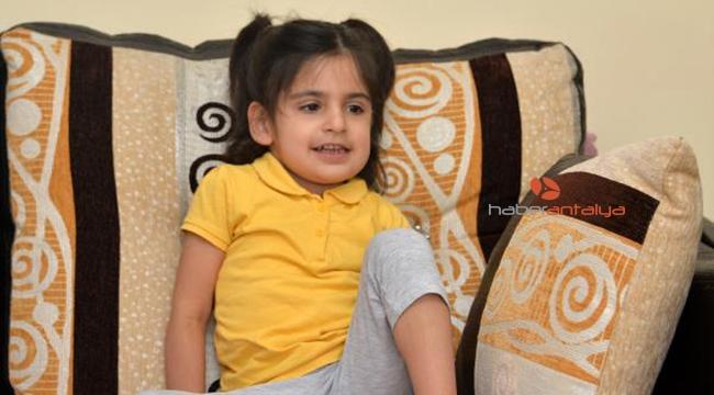 Minik Aysima yaşamak için yardım bekliyor