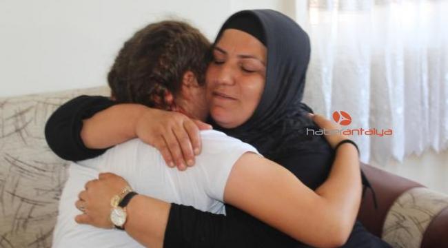 Bir hafta önce evden kaçan Derya ailesine kavuştu
