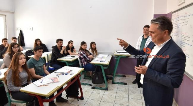 Muratpaşa'da ders zili çalıyor