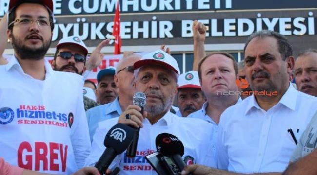 Antalya Büyükşehir Belediyesi'nde grev 79 gündür sürüyor
