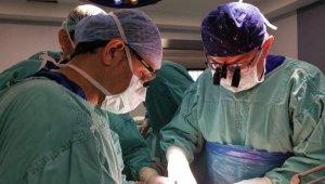 AÜ'de 32 ayda 160 karaciğer nakli