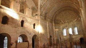 Aziz Nikolaos Anıt Müzesi'ne, 'uzay çatı'