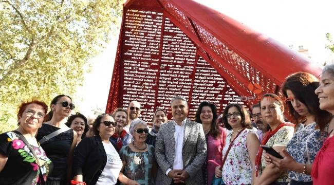 Kadınlardan Başkan Uysal'a 'dostluk ağacı' teşekkürü