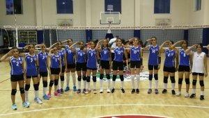 Kepez Belediyespor kız voleybol takımından Mehmetçiğe selam