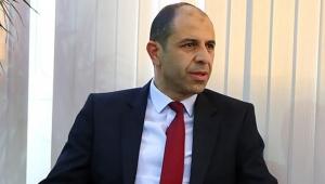 Kuzey Kıbrıs Dışişleri Bakanı Kudret Özersay, spor yorumcusu Ahmet Çakar'a tepki gösterdi
