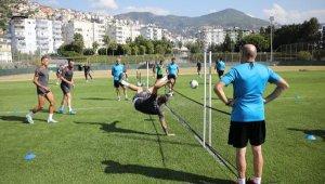 Lider Alanyaspor'un teknik direktörü Erol Bulut: Zor bir sürece girdik