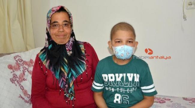 Lösemi hastası Osman Efe yardım bekliyor