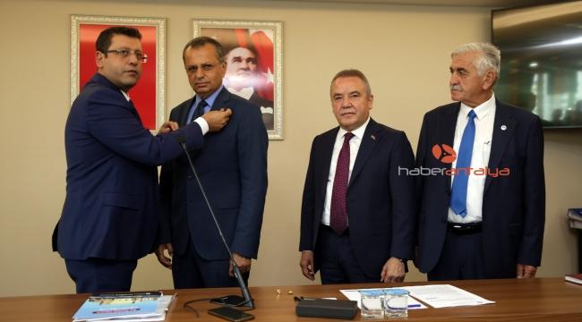 Mustafa Bilici CHP'ye katıldı