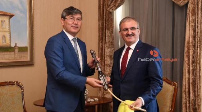 Türkiye, Kazakistan'a yatırımda ilk 10'a girdi
