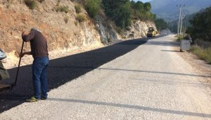 Alanya'da bozulan yollar asfaltlandı